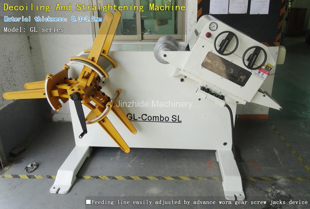 Decoiling And Straightening Machine