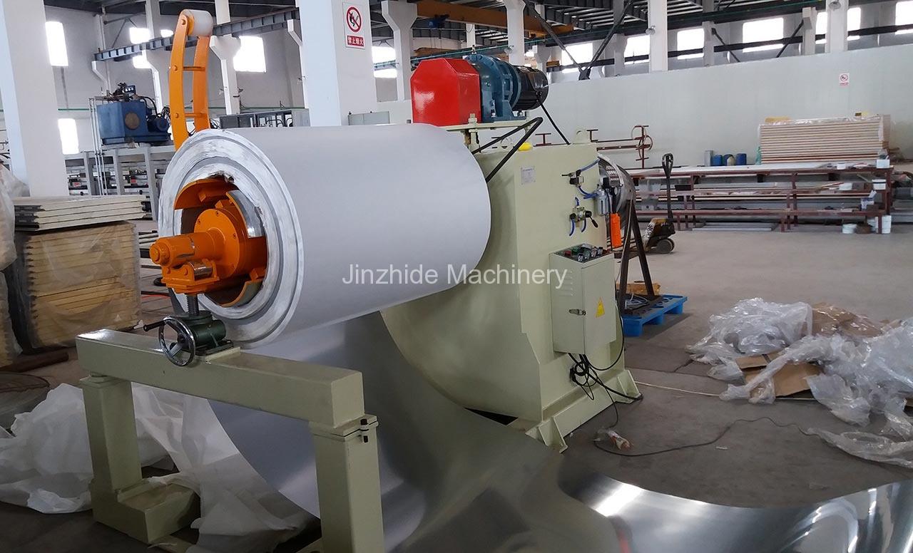 Hydraulic Decoiler Machine use