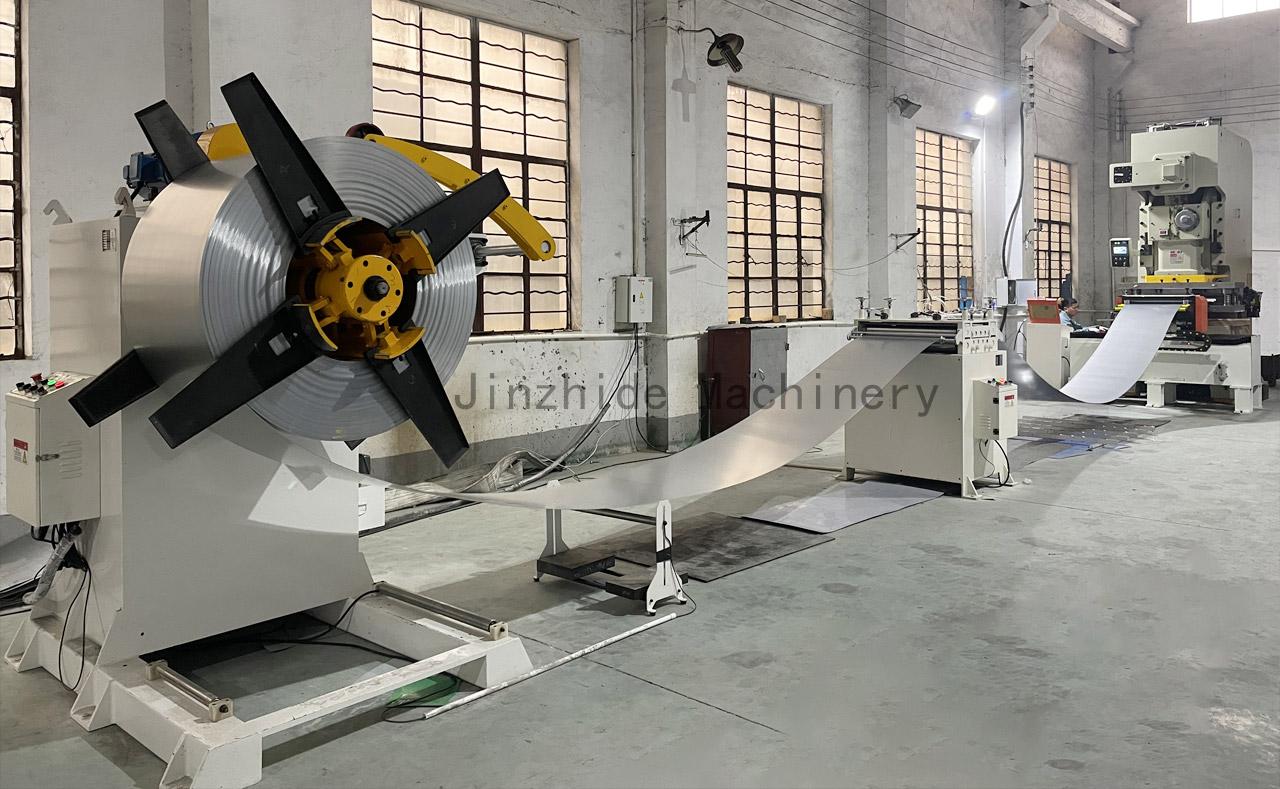 Hydraulic-Decoiler-Machine