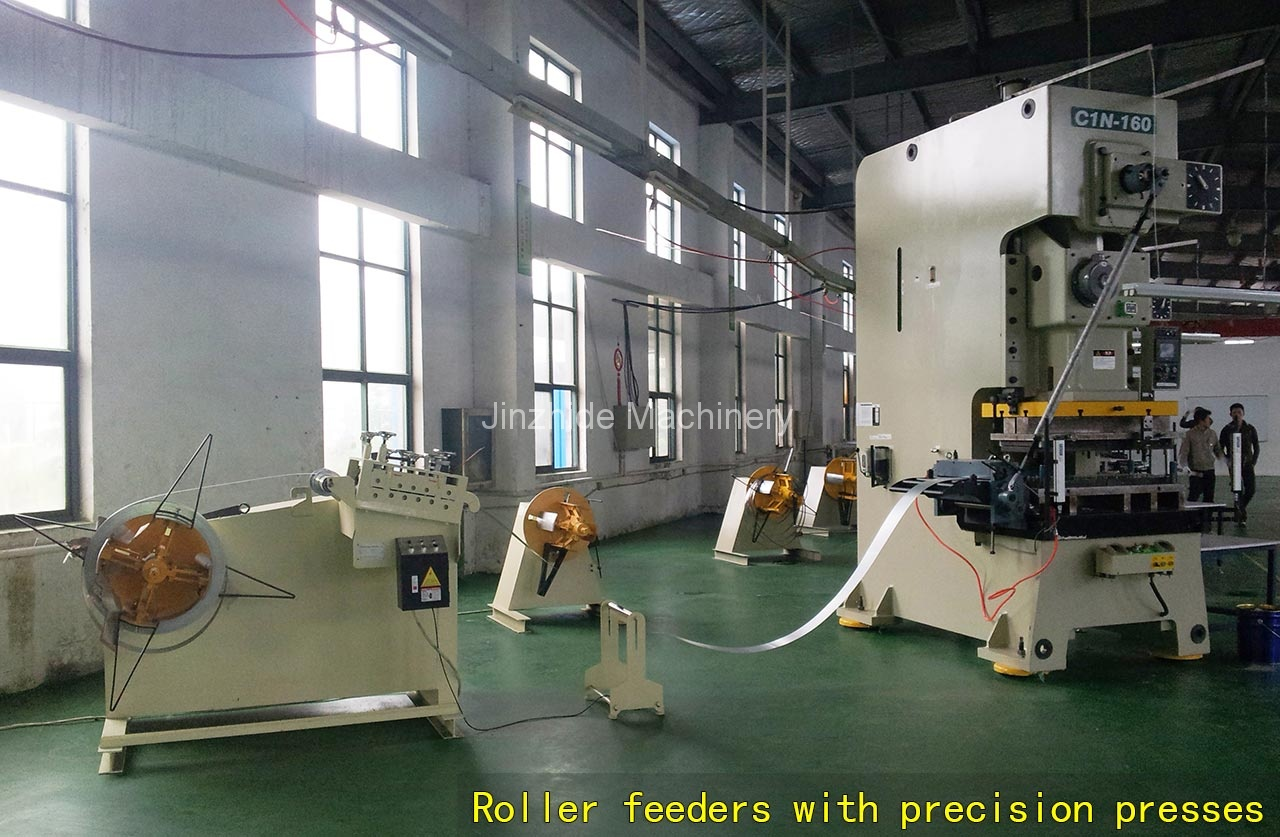 Roller-feeders-with-precision-presses
