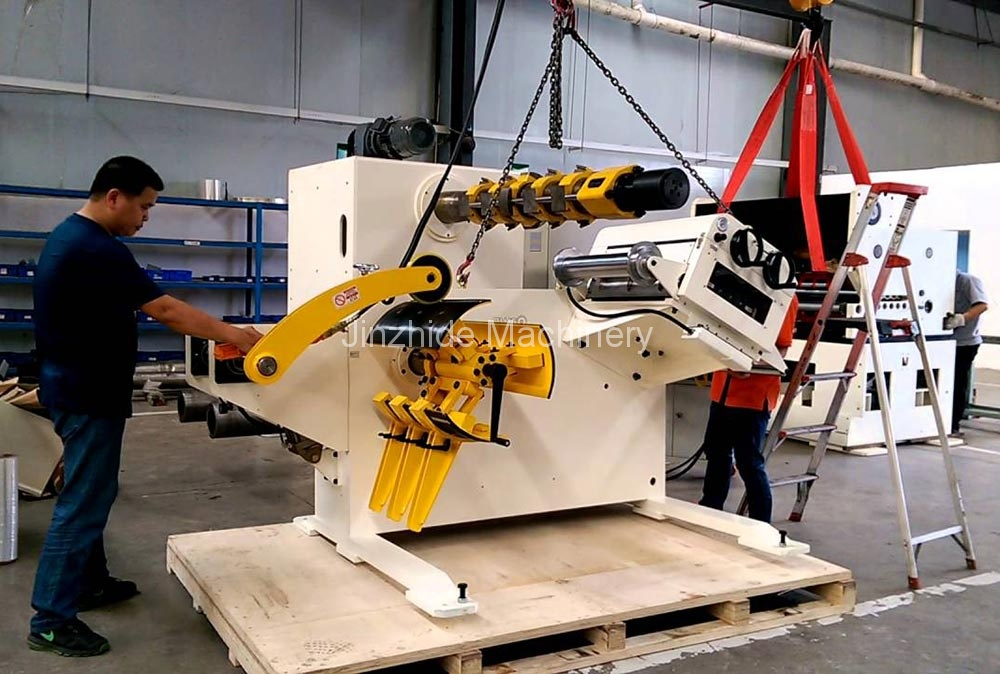 precision uncoiler leveler packing